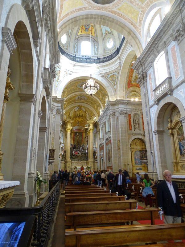 Wnętrze kościoła Bom Jesus